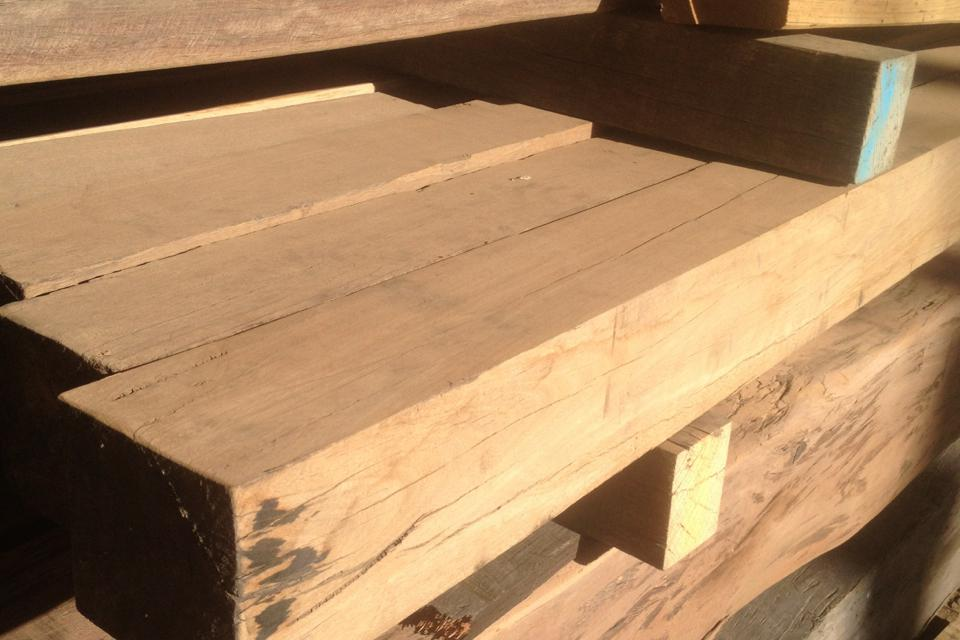 Recycled Blackbutt For Pergola Posts Structural Use